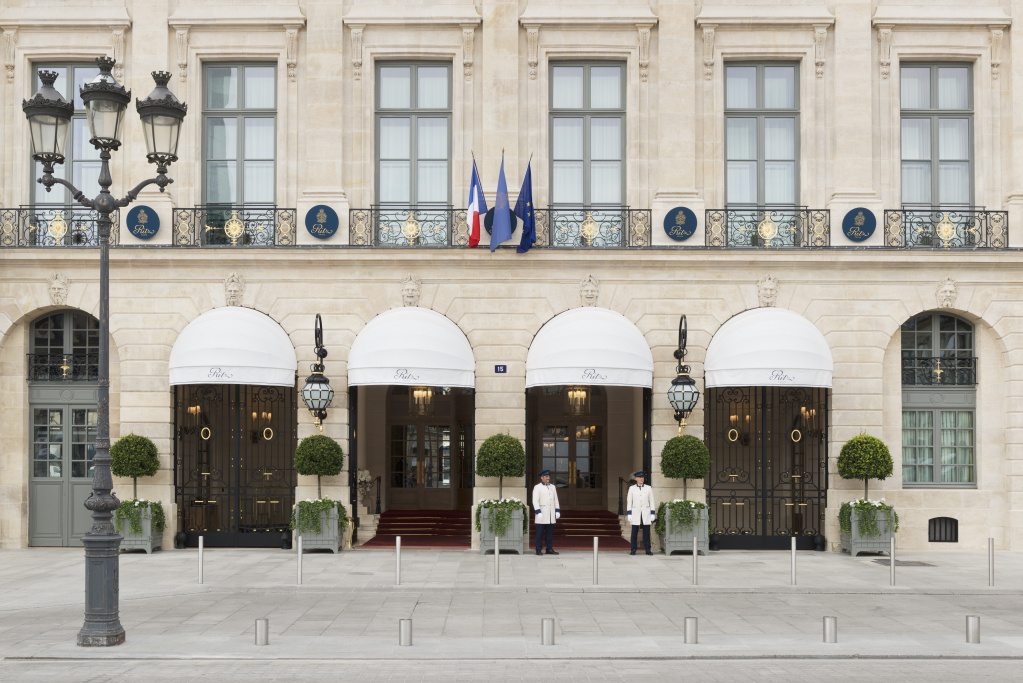 02 LHW_Ritz Paris.jpg